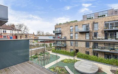 Alwen Court, Pages Walk, SE1